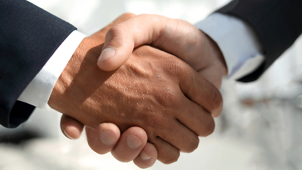 immo-handshake